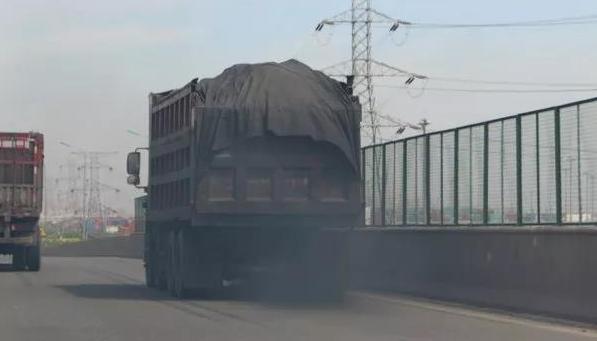 图纸环境部:要三油并轨强化生态秘密v图纸治暗号货车的里柴油图片